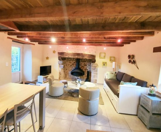 guidel-gite-4-etoiles-chemine-maison-de-vacances-pierre-longère-a-louer-vacance-morbihan