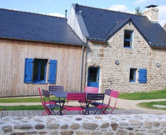 jacuzzi-gîte-guidel-spa-couvert-location-vacances-luxe-espace-jacuzzi-privatif-maison-a-louer-morbihan